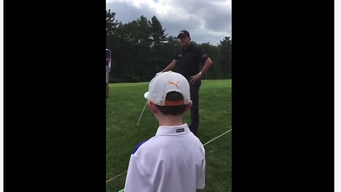 Kid trolls professional golfer on course
