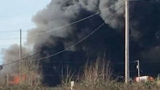 Portland Scrap Yard Fire Spreads to Homes, Triggering Evacuations - Video