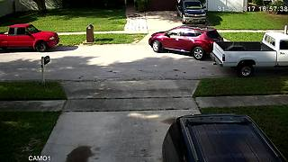 Horrible Driver Hits Neighbor's Car, Casually Drives Off
