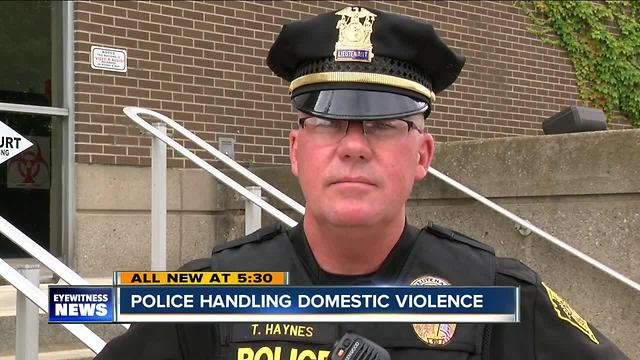 police discretion and domestic violence calls Police department response to emergency domestic violence calls 3 victims separately from the suspect, separate the victim and suspect when responding to a domestic violence call, inform the victim of shelter and other services, and photograph victim injuries.