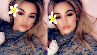 Khloe Kardashian Shares Photo Of Baby True!