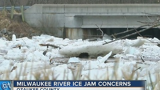 Ice jams cause concern in Cedarburg - Video