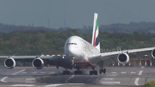 Airbus A380 Almost Loses Control After Crosswind Landing - Video