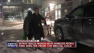 Detroit Rescue Mission helps homeless people - Video