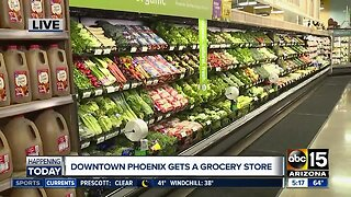 Downtown Phoenix Fry's grocery store opens Wednesday morning