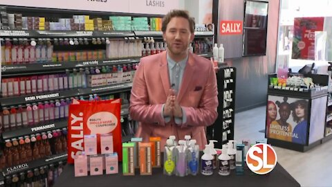 Hair color expert, professional stylist and celebrity consultant for Sally Beauty, Gregory Patterson offers hair color tips
