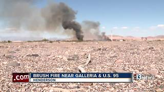 Brush fire burns near Galleria & U.S. 95 - Video
