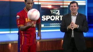 Harlem Globetrotters in Milwauke for New Year's Eve once again - Video