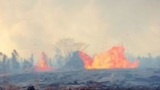 Lava Erupts From Fissure as Flows Prompt New Evacuations in Hawaii - Video