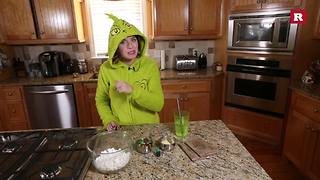 Elissa the Mom makes Grinch popcorn | Elissa the Mom