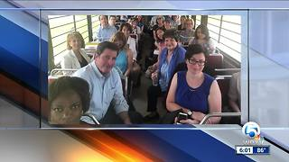 Democratic lawmakers in Texas to tour facility - Video
