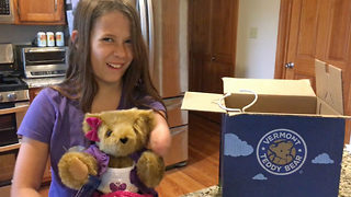 Emotional moment girl born without hand receives first ever teddy also missing limb - Video