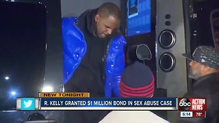 R. Kelly granted $1 million bond in sex abuse case