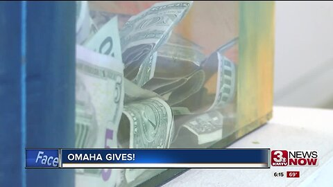 Omahans join together to give back