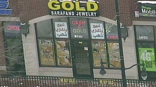 Smash-and-grab at Dearborn jewelry store leaves worker bloodied - Video
