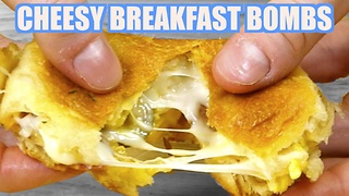 Cheesy bacon and egg breakfast bombs - Video