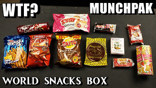 Munchpak Snack Box Review vs FreakEating - Video