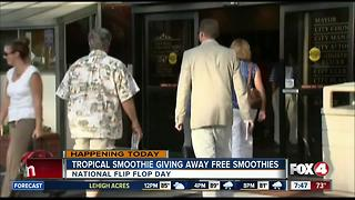 Tropical Smoothie Cafe giving away free smoothies - Video