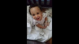 Baby finds cornstarch and makes a huge mess - Video
