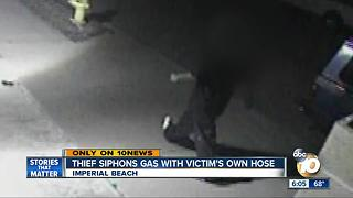 Thief siphons gas with victim's own hose - Video