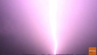 Pulsing Lightning Strike Captured in Slow-Mo During Gold Coast Storms - Video
