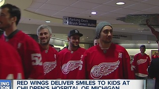 Red Wings deliver Christmas to Children's Hospital