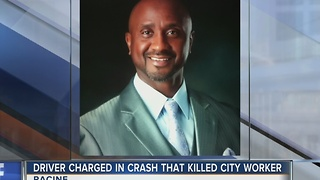 Racine pastor, sanitation worker killed in crash - Video