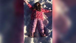 14 Kids Adorably Fail At Snow Angels - Video