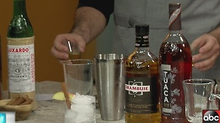 How to make festive holiday drinks for your guests - Video