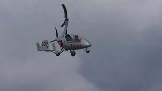 Fantastic Autogyro Display At Torbay Airshow 2017 - Video