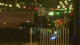 Las Vegas police officer involved in deadly crash - Video