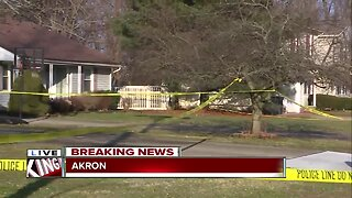1 woman dead, another injured following knife attack in Akron