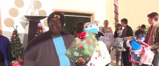 Organizations deliver Christmas gifts to female veterans in Las Vegas