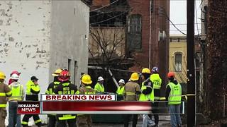Medina Square businesses closed after building partially collapses - Video