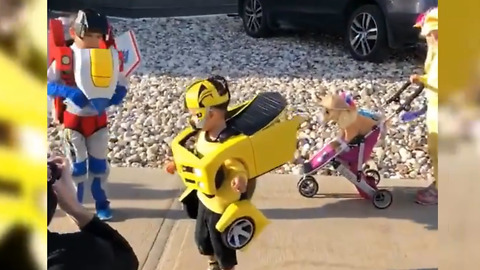 These Kids' Costumes Can Successfully Modify Into Transformers