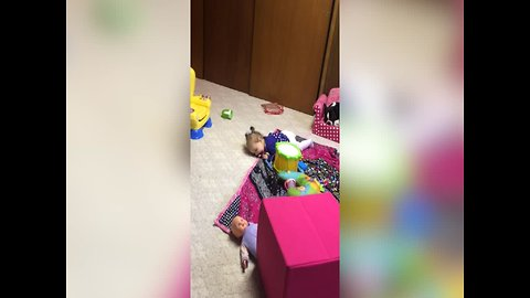 Baby Makes up Cute Game