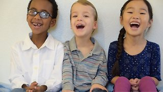 Inspiring kids tell story of the first Christmas - Video