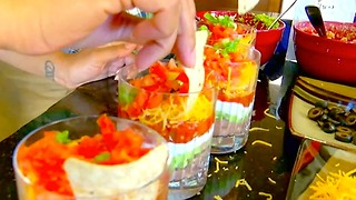 3 Tasty Tailgating Recipes with Swagger - Video