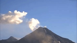 Colima Volcano Emits Dense Smoke and Ash - Video