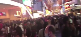 Big crowd on Fremont Street Experience