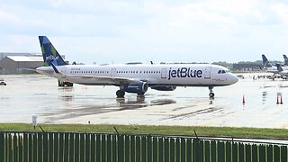 Jet Blue plane makes emergency landing at Cleveland Hopkins International Airport