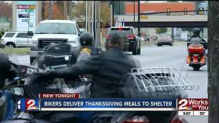 Bikers Deliver Turkeys - Video