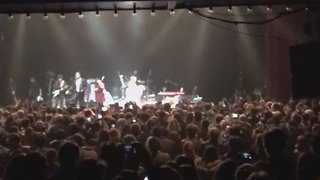 Pete Doherty Leads Bataclan Crowd in Emotional Rendition of La Marseillaise - Video