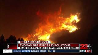 Ventura neighborhoods being destroyed due to Thomas Fire - Video