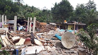 Death Toll From Earthquake On Indonesian Island Continues Rising