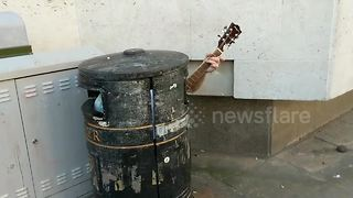 Now that's a rubbish busker! - Video