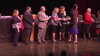 Close to 200 people become naturalized citizens after ceremony in Nampa - Video