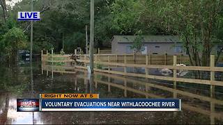 Withlacoochee River rising, flooding homes and covering roads - Video