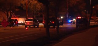 Vegas police: 2 killed in crash in Summerlin