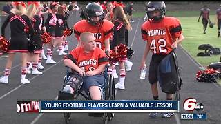 Young football players learn a valuable lesson - Video